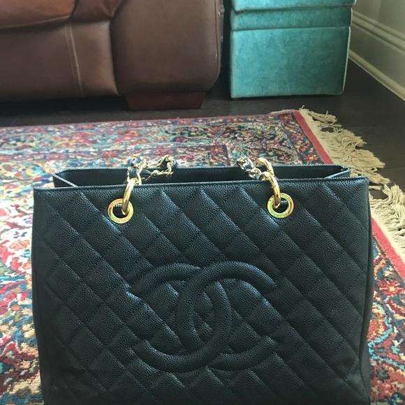 CHANEL Handbags - Chanel Grand Shopping Tote